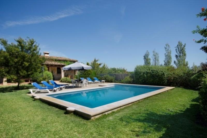 location villa pollensa mallorca maison espagne alaves With location maison piscine privee espagne 18 villa mallorca location espagne villas