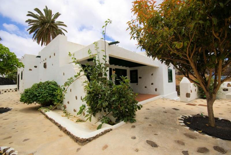 Location villa haria lanzarote maison espagne mirkoland for Location villa lanzarote avec piscine