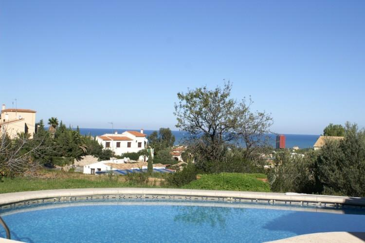 Vakantiehuis denia costa blanca villa spanje huren vondila for Terras strijkijzer