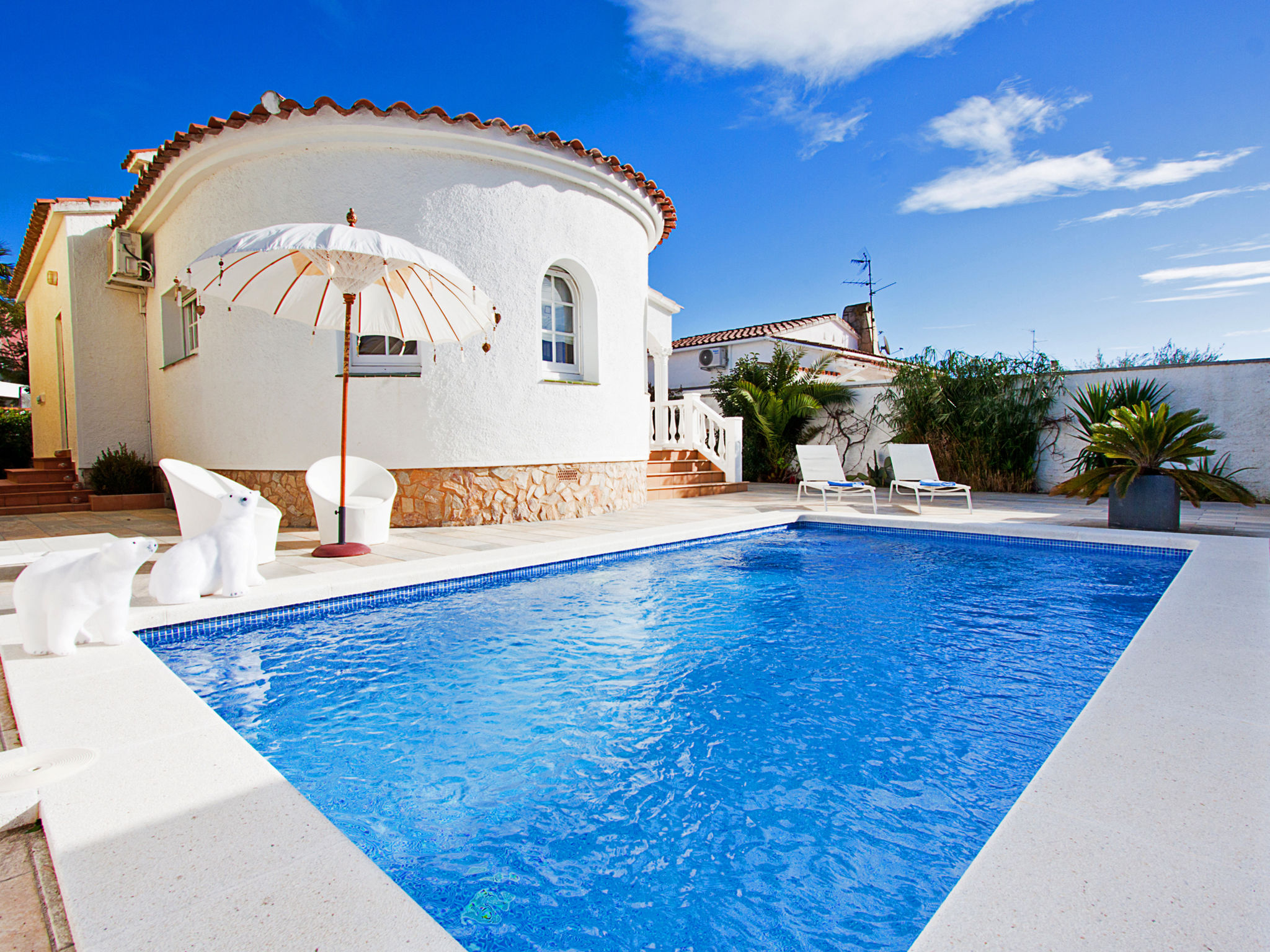 High Quality Villa Reynaud,Empuriabrava,Costa Brava #2