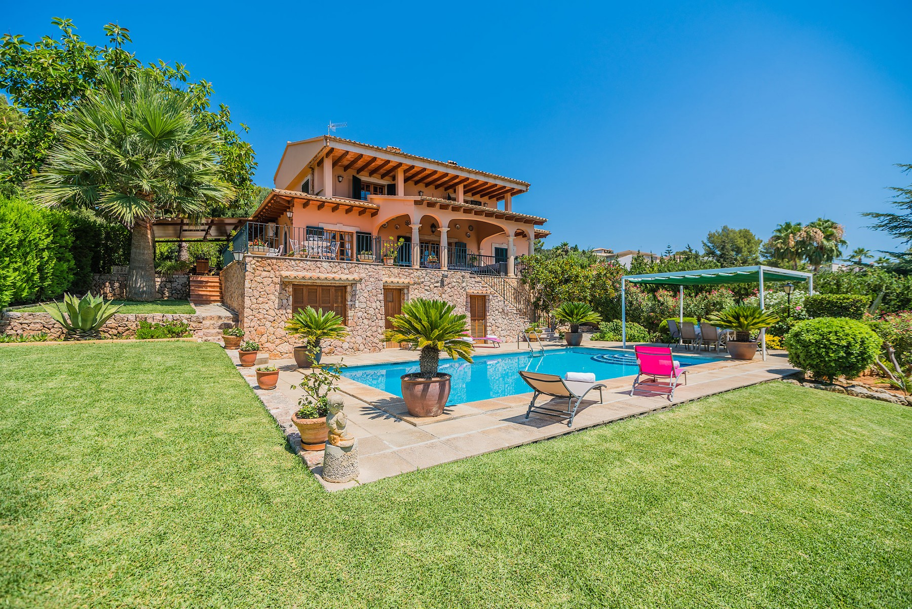 Holiday home Inca Mallorca Villa Spain for rent Halifax