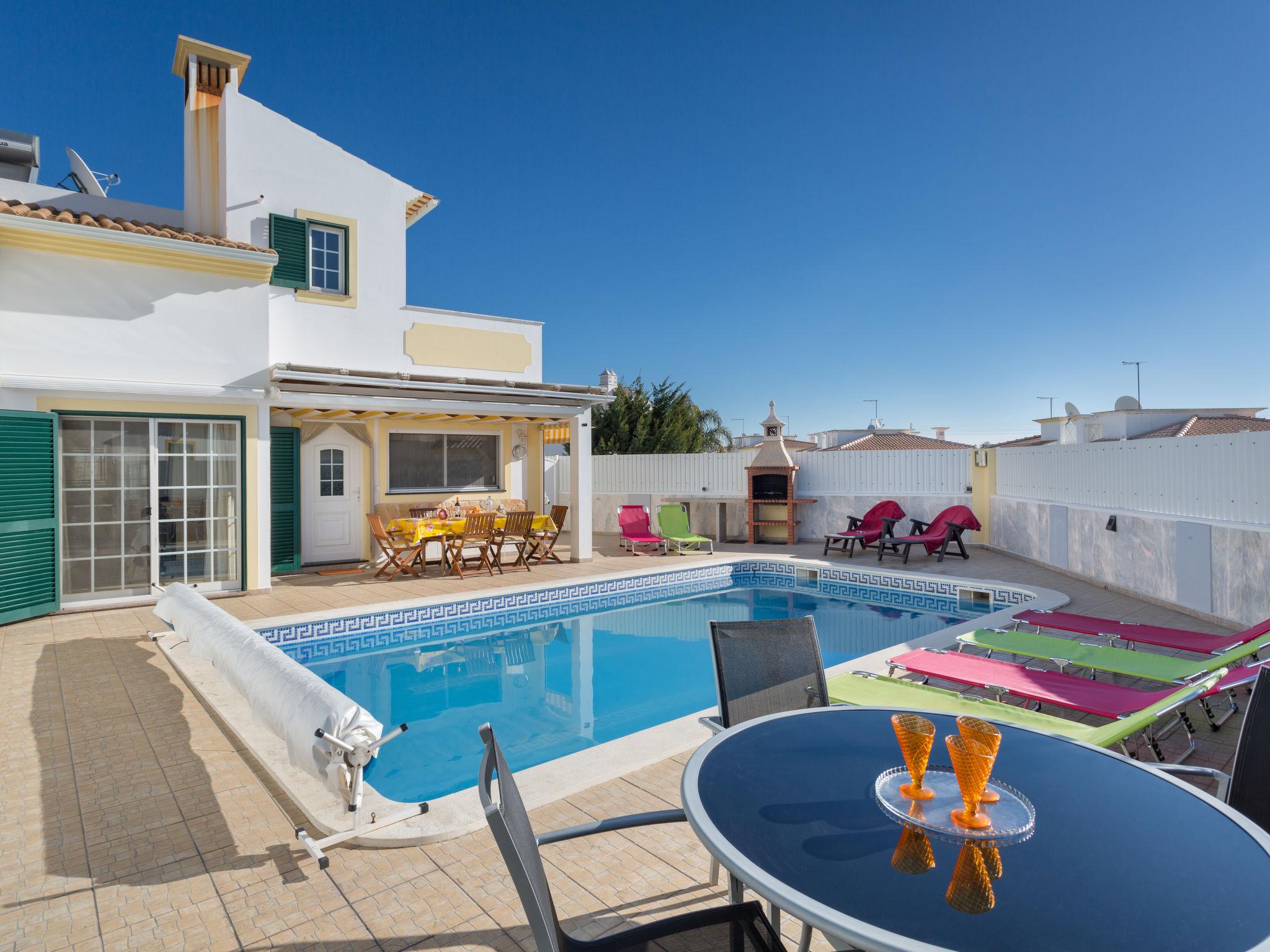 Accommodation in Portugal Villas Fullstop.: Book Cheap Holiday Villa For Rent In Algarve